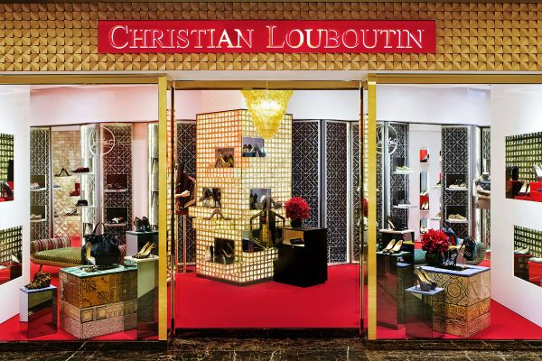 tumblr_static_christian-louboutin-opens-first-boutique-in-taiwan-1