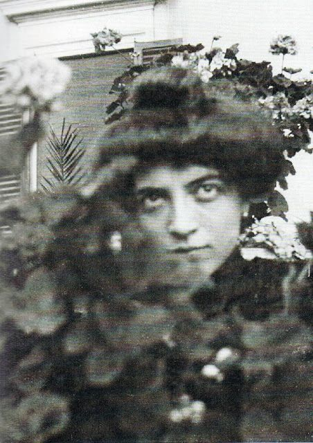 Luisa Amman, photographer unknown, ca. 1899