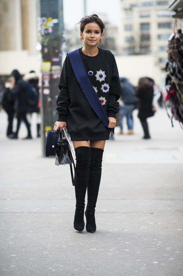 Another-style-win-Miroslava-Duma-oversize-jeweled