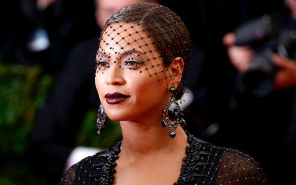 Beyonce-Net-Gala-2014-beyonce-37049439-1440-900