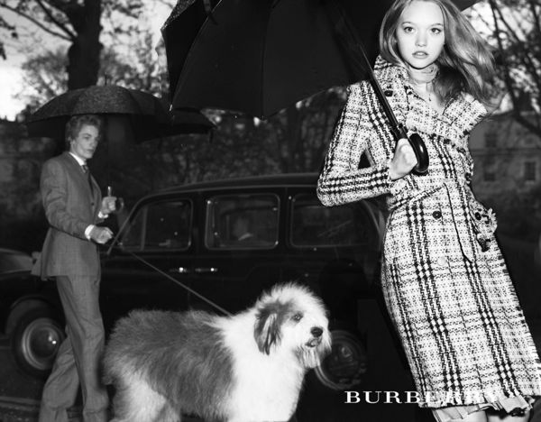 071_burberry_theredlist