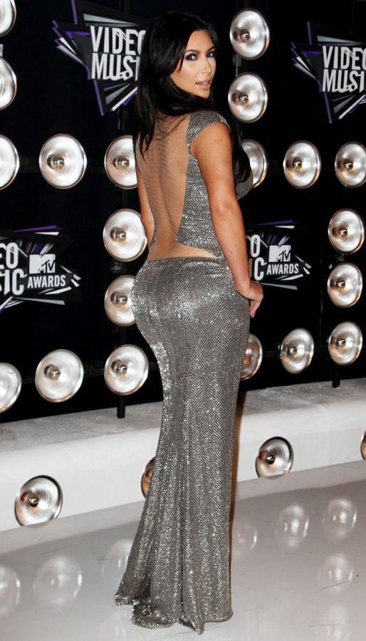 kim-kardashian-2011-mtv-vmas-04