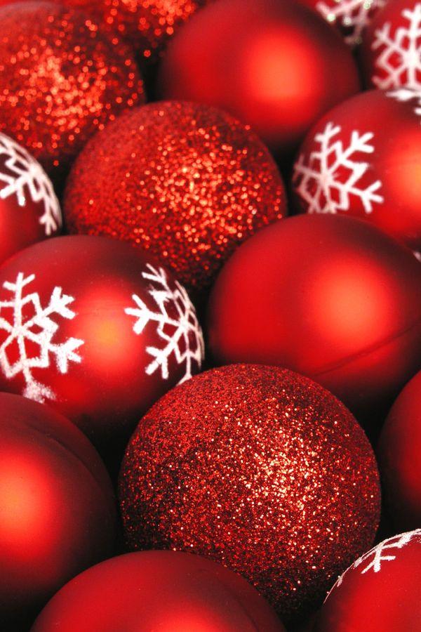 palle-rosse-di-natale-decorate