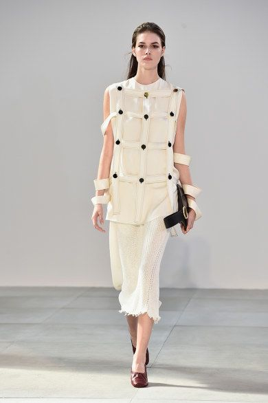 Celine : Runway - Paris Fashion Week Womenswear Spring/Summer 2015