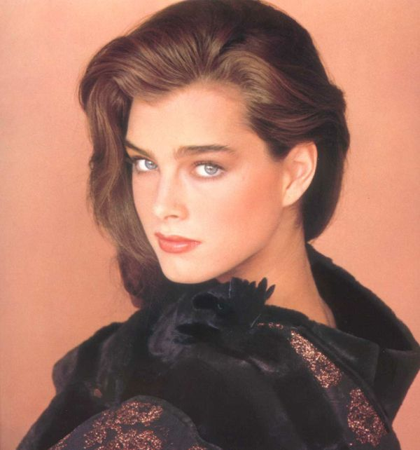 brooke-shields-1983-10-October-Demarchelier