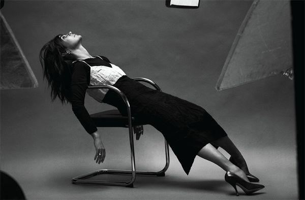 la-modella-mafia-Belle-de-Jour-Paris-Glamour-Issue-Carine-Roitfeld-x-The-Edit-February-2013-photographed-by-Sebastian-Faena-3