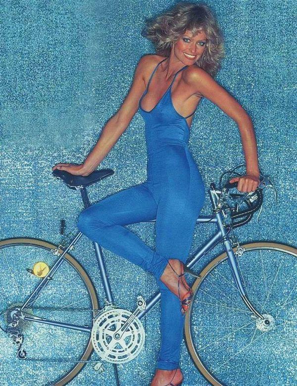 farrah-fawcett-bici