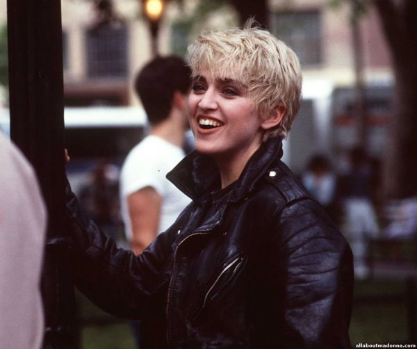 madonna-papa-dont-preach-video-set-0007
