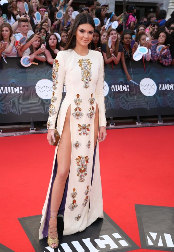 Kendall and Kylie Jenner walk the red carpet at the MuchMusic Video Awards in Toronto