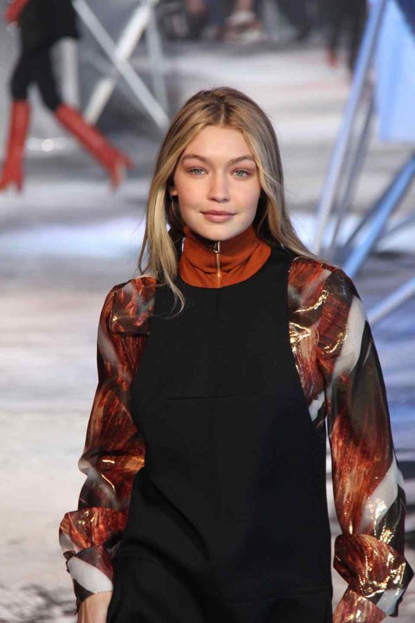 H&M fashion show at 2015 Fall/Winter Paris Fashion Week