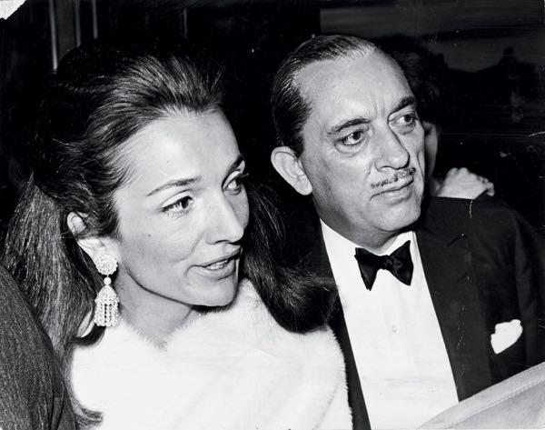 Princess Lee Radziwill Pictured With Her Husband Prince Stanislaus Radziwell. . Rexmailpix.