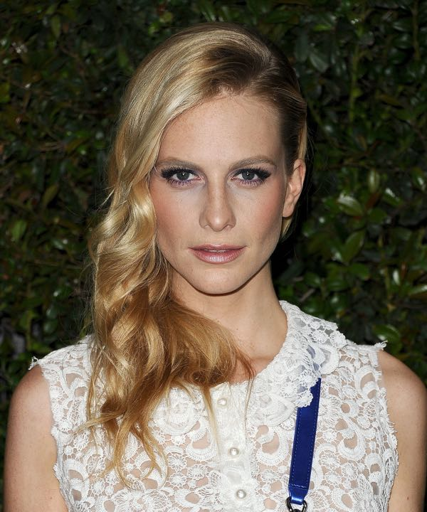 Poppy-Delevingne-Chanel-Pre-Oscars-Dinner