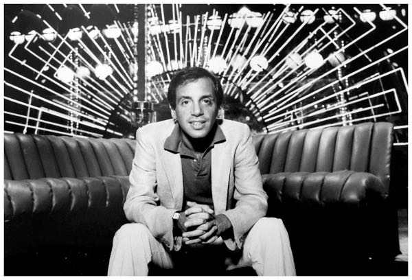 photo-of-steve-rubell-on-a-1970s-22de-sede-non-stop22-sofa-with-lighting-backdrop-at-studio-54-people-weekly