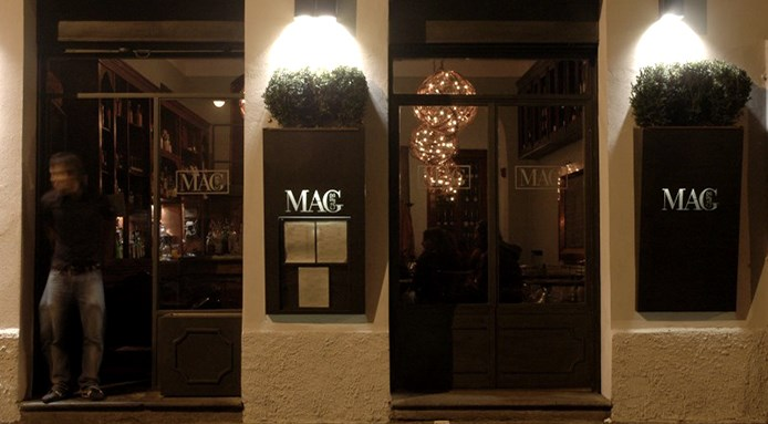 Mag-cafe--aperitivi-milano