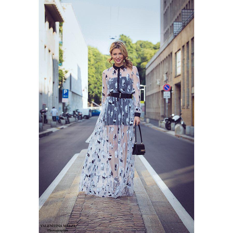 Jolie dame elenabarolo wears albertozambelli gown ysl vintage belt valentinohellip