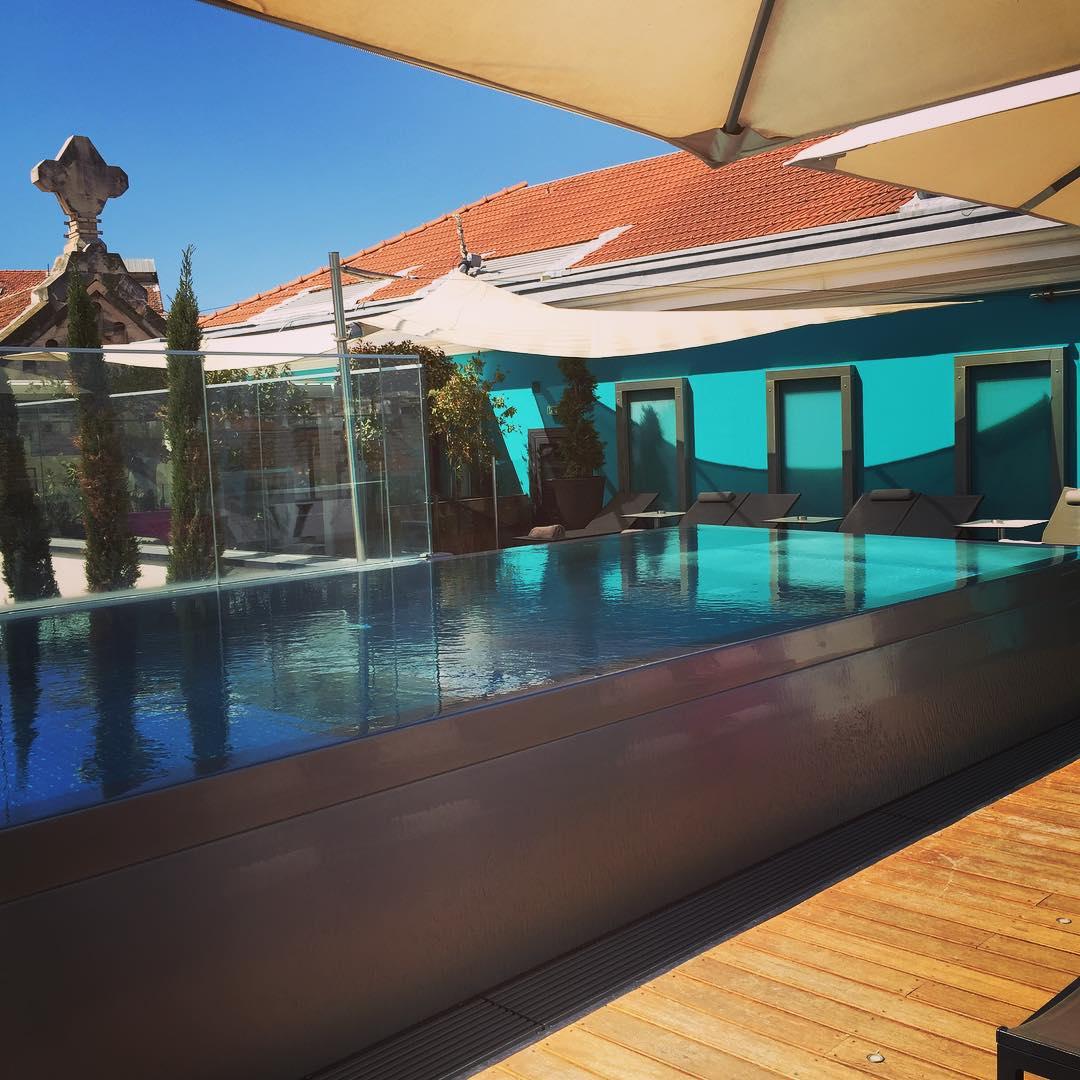 Tuffo sui tetti?!? jump pool cannes france fiveseashotel love besthotelintheworldhellip