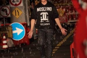 sfilata-moschino-p-e-2016-3-1024x1024