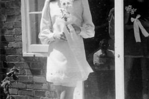 BrideMiniskirt1968