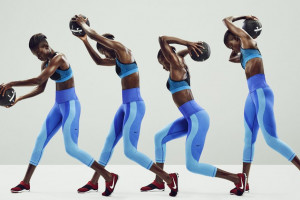 8.22_WLP_DT_P1_NIKE-WOMENS-CLOTHING-RUNNING