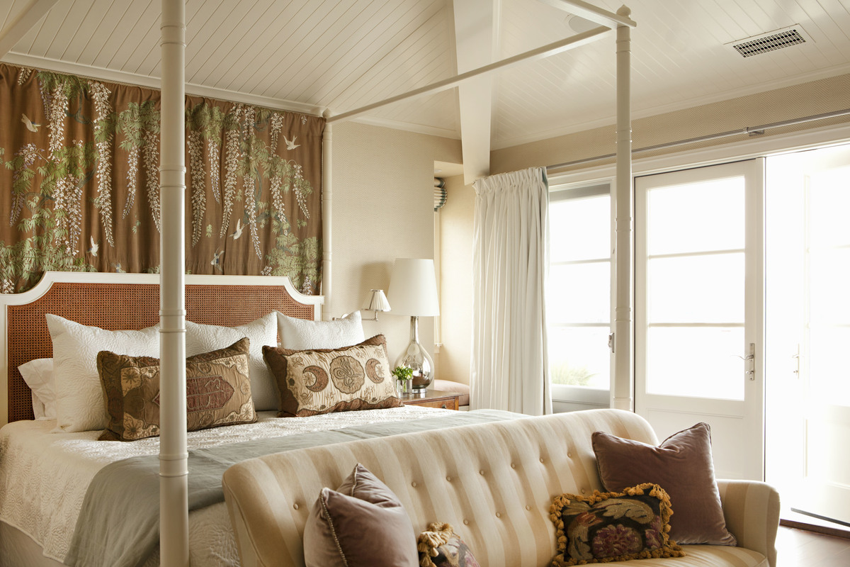 beach-style-coastal-bedroom-newport-beach-ca-by-peter-dunham-design